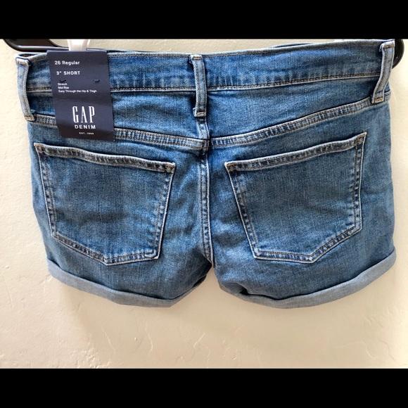 GAP Pants - GAP women's denim shorts